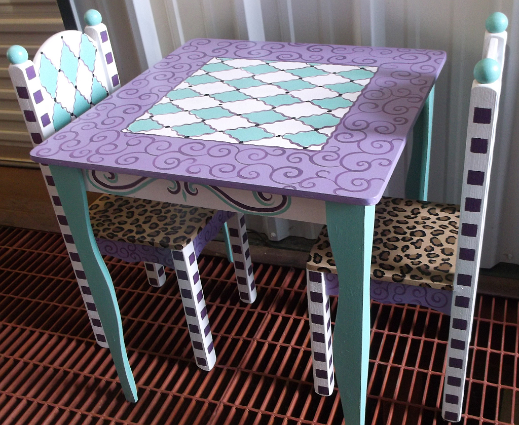 Childrens Table and Chairs, Tea Party tables Bird and Owl decor