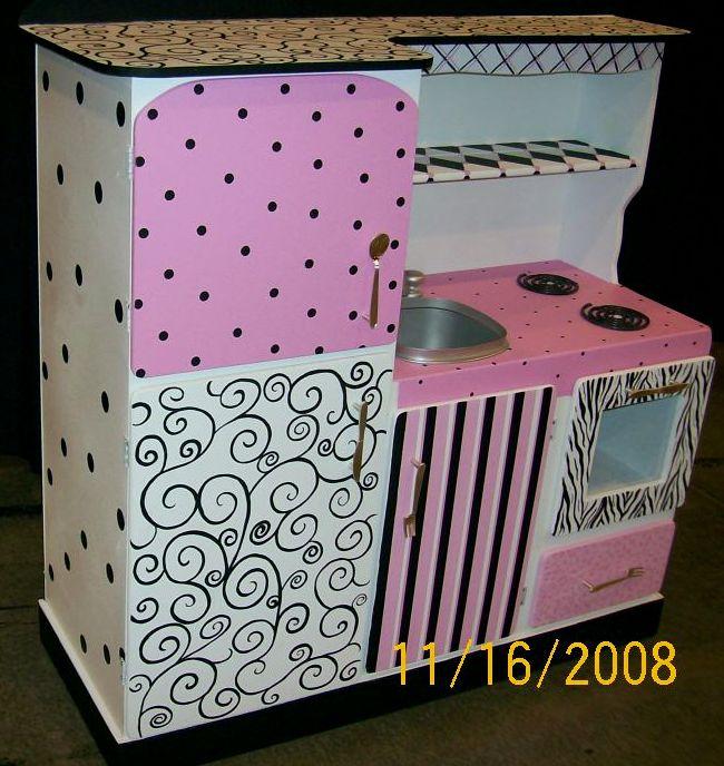 Play kitchen sets furniturechildrens vanitys bookcases for Zebra kitchen set